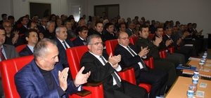 Muğla Valisi Amir Çiçek Fethiye'de muhtarlarla toplantı yaptı