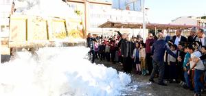 Adana'da öğrencilere kar süprizi