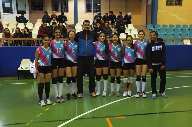 İdmanyurdu Spor Voleybol Yıldız Kızlar Takımı galibiyetle başladı