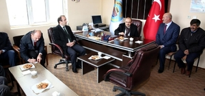 Vali Ustaoğlu köy ziyaretlerini sürdürüyor