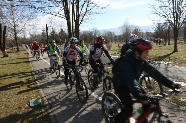 Bolu Belediyesi'ne hediye edilen bisikletler hizmete girdi