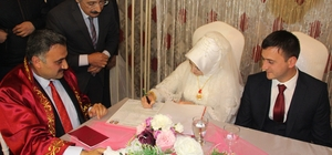 Develi'de 551 çift evliliğe 'evet' dedi