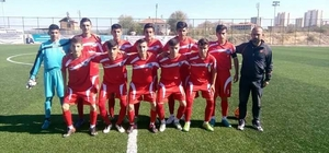 Battalgazi Belediyespor U17 takımı Malatya'yı gruplarda temsil edecek