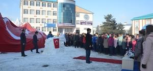 """""""Kardaki İz"""" konulu Kardan Heykel Sergisi açıldı"""
