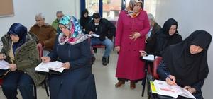 İZMEK, Arapça öğretiyor