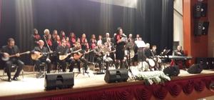Develi'de Türk Halk Müziği konseri