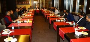 Genel Sekreter Yaşar; basın mensuplarının sorularını cevapladı