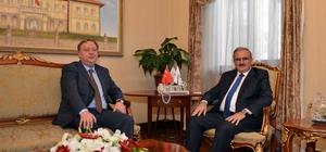 Rusya'nın yeni Antalya Başkonsolosu Vali Karaloğlu'nu ziyaret etti