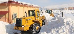 Bitlis'te yol genişletme çalışması