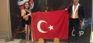 Ataşbak, dünya şampiyonu dansçıları kabul etti