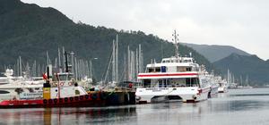 Rodos'a feribot seferlerine fırtına engeli