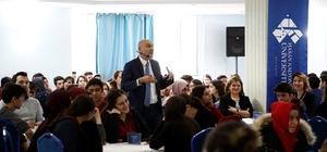 Rektör Yılmaz, Mesleki Kariyer Günlerinde akademisyenler ve üniversite adayları ile buluştu
