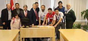 Burhaniye Belediyespor ikinci yarıya transferlerle başladı