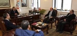 """Melikgazi Belediye Başkanı Memduh Büyükkılıç, """"Kayseri İç Anadolu'nun Bölge Şehridir"""""""