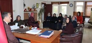 AK Parti Kadın Kollarından Başkan Karakullukçu'ya ziyaret