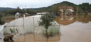 Marmaris ve Çevresinde Şiddetli Yağış Hayatı Olumsuz Etkiliyor