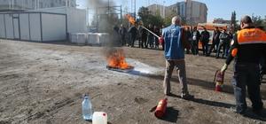 Polislere yangın söndürme tatbikatı