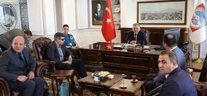 Engelli Basketbolcu Burak Şen Başkan Büyükkılıç'ı ziyaret etti