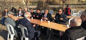 Başkan Özgüven'den şehit polisin babaocağına taziye ziyareti