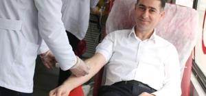 AK Partililerden Kızılay'ın kan bağışına destek
