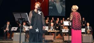'Gönülden Dile Şarkılar' konseri ilgi gördü