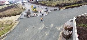 Başiskele Beldiyesinin mahallelerde yol onarım çalışmaları devam ediyor