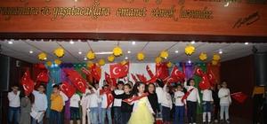Sınıf gecesinde öğrenciler doyasıya eğlendi