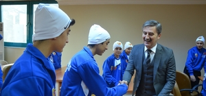 Başkan Şirin sporcu öğrencileri ağırladı