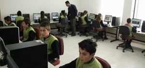 Yozgat'ta köy okuluna teknoloji sınıfı kuruldu