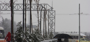 Eskişehir yeni güne karla uyandı