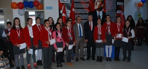 Bayramiç'te 3 bin 582 öğrenci karne aldı