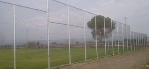 Yunusemre'de spor sahaları yenileniyor