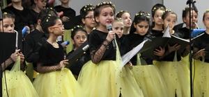 Çankırılı çocuklar Halepli yaşıtları için sahneye çıktı