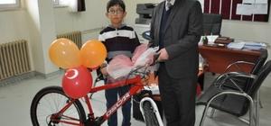 Karne günü bisiklet sevinci