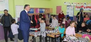 Başkan Duymuş öğrencilerin karne sevincine ortak oldu