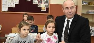 Başkan Togar öğrencilerin karne heyecanını paylaştı