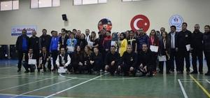 Okullar Arası Badminton müsabakaları sonuçlandı