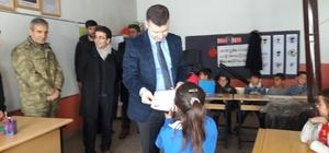 Hamur'da karne dağıtım töreni