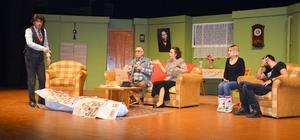 Manavgat'ta 'Şimdi ne Olacak'a tiyatro oyununa yoğun ilgi
