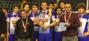 Mersin Bozyazı Anadolu Lisesi voleybolda il birincisi oldu