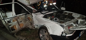 Kaza yapan aracın sürücüsünü aradılar