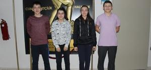 Başarılı öğrenciler milli takım kampına davet edildi
