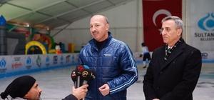 Sultangazi'de sömestr buz pisti ve 10D sinema keyfiyle yaşanıyor