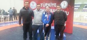 Adıyaman Belediyesi Güreşçilerinden Türkiye Derecesi