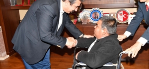 Çetin'den engellilere akülü elektrikli sandalye