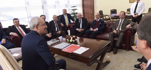 Kesimoğlu, Kılıçdaroğlu'nu ziyaret etti