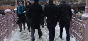 Eskişehir'de beklenen kar yağdı