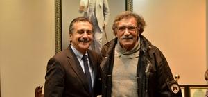Usta sanatçı Saltuk'tan Başkan Ataç'a ziyaret