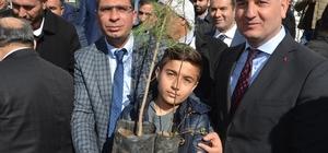 Viranşehir de 63 bin öğrenciye 63 bin Fidan Kampanyası