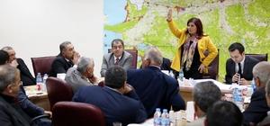 Başkan Çerçioğlu, Karacasu ve Sultanhisarlı muhtarlarla bir araya geldi